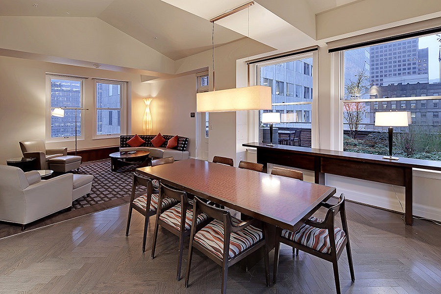 The cobb apartments seattle living at